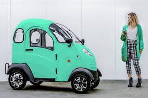 ENUU Elektro-Kleinfahrzeug mit App-Steuerung